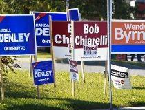 2011 Ontario election signs