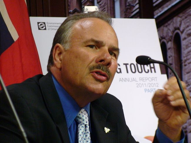 Ontario Environmental Commissioner Gord Miller. (ANTONELLA ARTUSO/Toronto Sun)