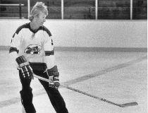 WHAWayneGretzky1009