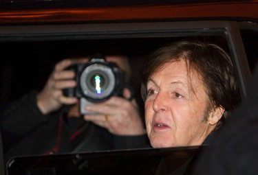 Paul McCartney leaves the Fairmont Hotel Macdonald in Edmonton, Alberta on Thursday, November 29, 2012.  AMBER BRACKEN/EDMONTON SUN/QMI AGENCY