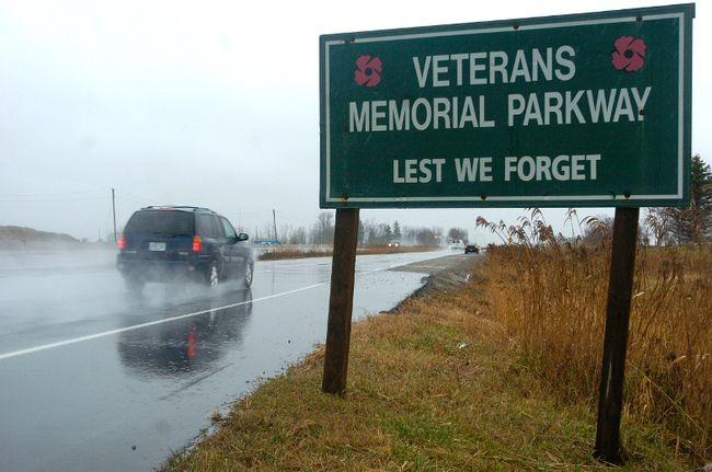 Veterans Memorial Parkway. (QMI Agency file photo)
