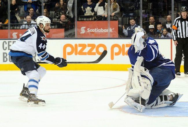 Jets' Bogosian scores on Leafs
