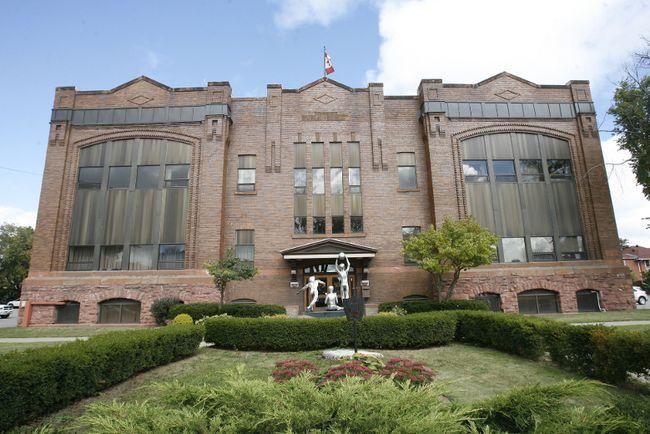 Algoma District School Board building