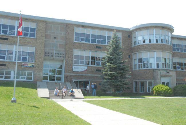 Elgin Avenue Public School in Simcoe. (File Photo)