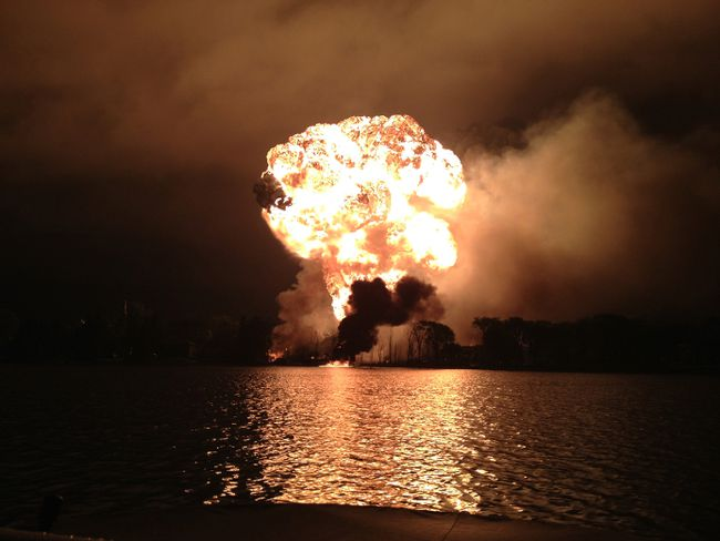 Lac Megantic night explosion far shore