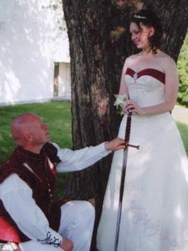 Wedding photo of Howard and Melissa Richmond. Melissa Richmond was found murdered in Ottawa on Sunday, July 28, 2013. FACEBOOK PHOTO.