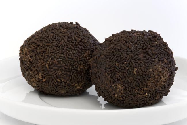 Rum balls. (NilsZ/Fotolia.com)