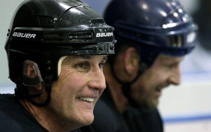 Leafs Alumni practice_15
