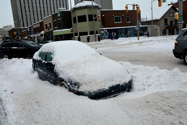 Ottawa hit with a winter blast_1