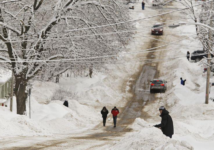 Weather London Ontario: Snow More! Snow Slams Ontario