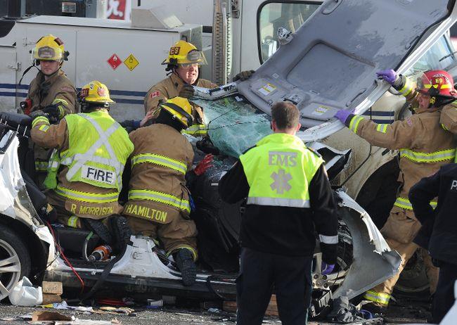 Glenmore Tr. head-on crash