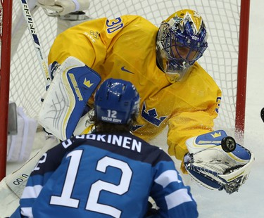 Sweden's goalie Henrik Lundqvist (Al Charest/QMI Agency)