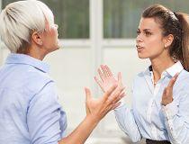 women argue