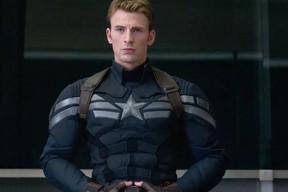 Chris Evans in Captain America: Winter Soldier (Handout)