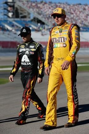 Kyle Busch (right) has five career NASCAR Sprint Cup wins at Bristol. (AFP)