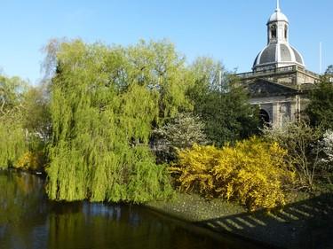"""The 11-hectare Artis Royal Zoo has been called the """"green heart of Amsterdam."""" ROBIN ROBINSON/TORONTO SUN"""