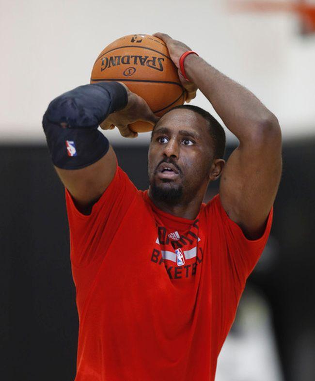 Patrick Patterson works on his free throws at Raptors practice on April 21. (Craig Robertson/Toronto Sun/QMI Agency)