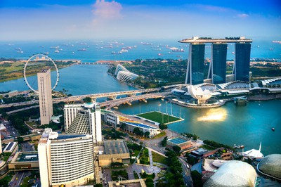 Comfort traveling alone: Singapore. (Fotolia)