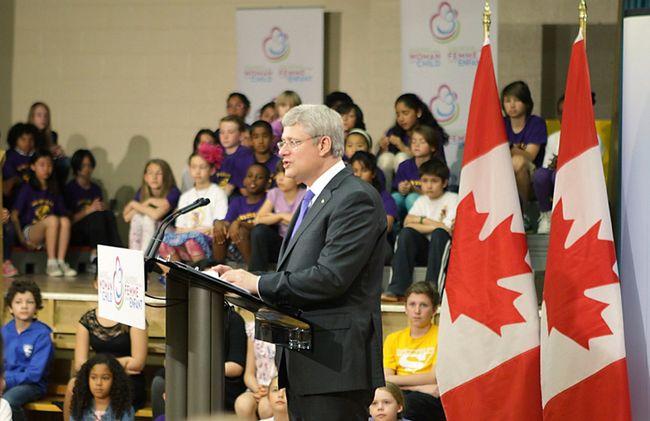 Prime Minister Stephen Harper makes a speech during the Maternal Health Summit in Toronto, Thursday, May 29, 2014. (Ernest Doroszuk/QMI Agency)
