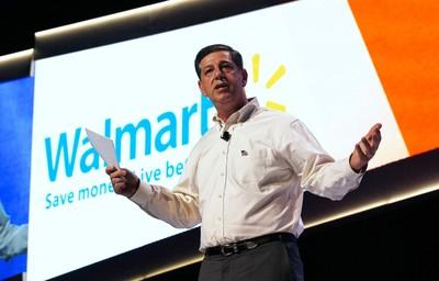 Bill Simon, CEO of Walmart U.S., speaks at a the Walmart U.S. associates meeting in Fayetteville, Arkansas June 4, 2014. The meeting was part of Walmart's annual shareholder meeting. (REUTERS/Rick Wilking)