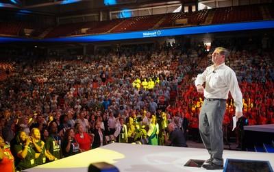 Bill Simon, CEO of Walmart U.S., speaks during a Walmart U.S. associates meeting in Fayetteville, Arkansas June 4, 2014. The meeting was part of Walmart's annual shareholder meeting. (REUTERS/Rick Wilking)