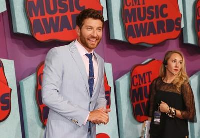Musician Brett Eldredge arrives at the 2014 CMT Music Awards in Nashville, Tennessee June 4, 2014. (REUTERS/Eric Henderson)