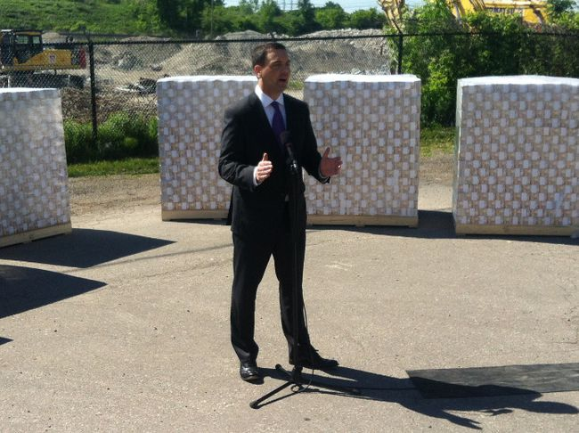 Ontario PC Leader Tim Hudak speaks at the site of the Mississauga gas plant on June 7, 2014. (Antonella Artuso/Toronto Sun)