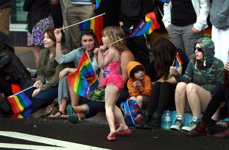 Edmonton gay dating sites