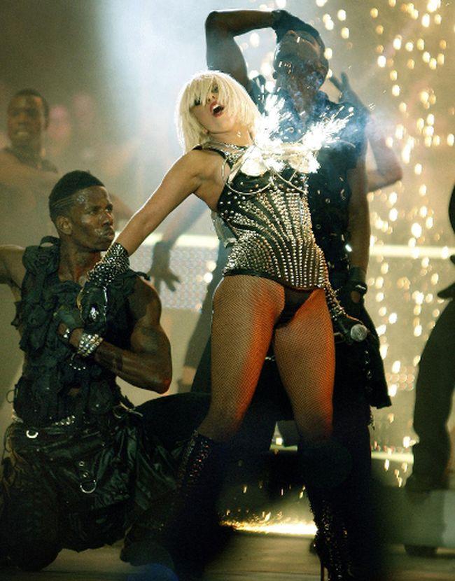 Lady Gaga's flaming bra in 2009. (QMI Agency photo)