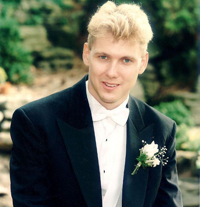Schoolgirl killer Paul Bernardo is pictured on June 29, 1991, the day he married Karla Homolka.