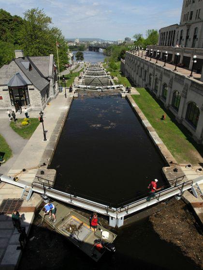 Rideau Canal locks Ottawa