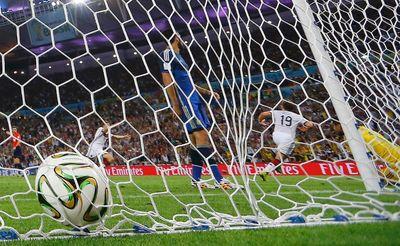 Germany's Mario Goetze celebrates after scoring a goal past Argentina's goalkeeper Sergio Romero during their 2014 World Cup final at the Maracana stadium in Rio de Janeiro July 13, 2014. (REUTERS/Kai Pfaffenbach)