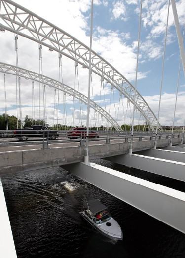 Strandherd-Armstrong Bridge in Ottawa Wednesday July 16,  2014.  Tony Caldwell/Ottawa Sun/QMI Agency