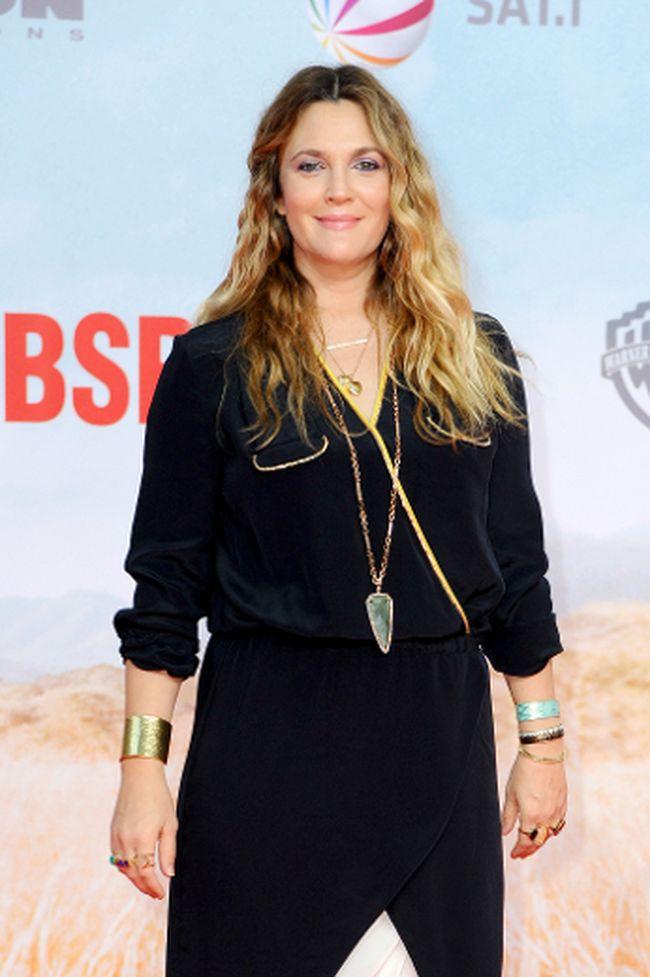 """Drew Barrymore (<A HREF=""""http://www.wenn.com"""" TARGET=""""newwindow"""">WENN.COM</a>)"""