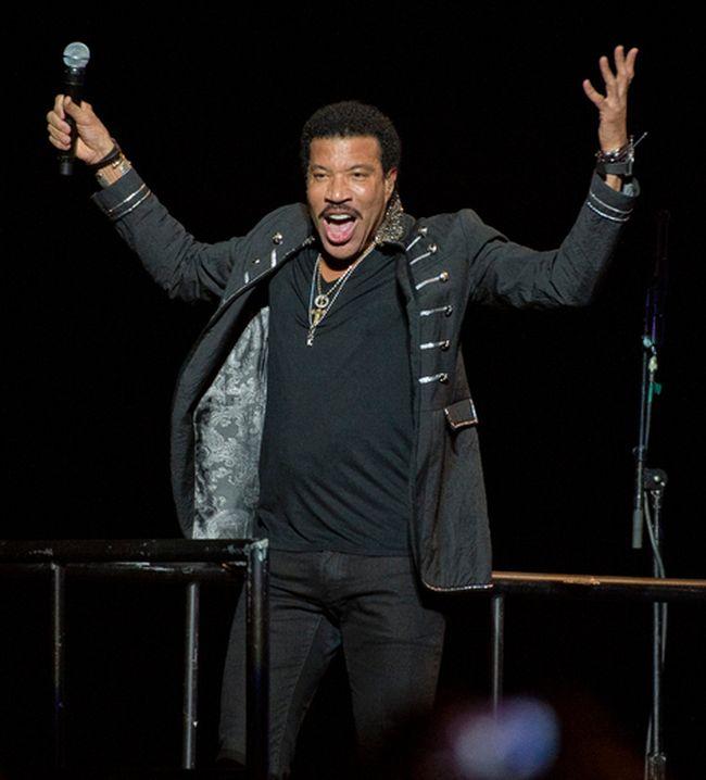 Lionel Richie in concert. (QMI Agency files)