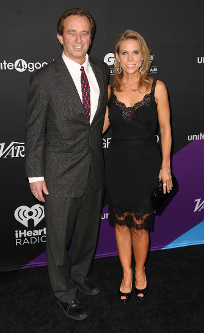 "Robert F. Kennedy Jr. and Cheryl Hines. (Bridow/<A HREF=""http://www.wenn.com"" TARGET=""newwindow"">WENN.COM</a>)"