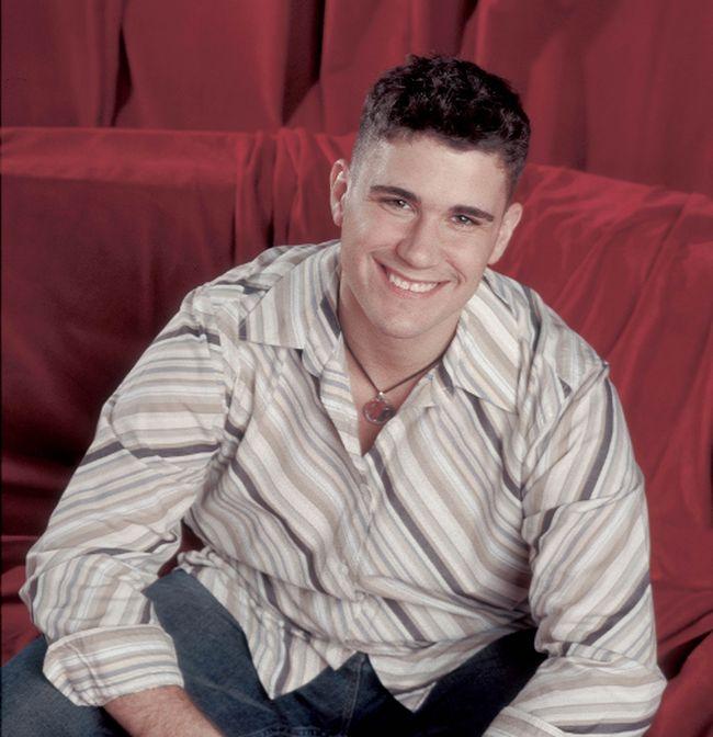 Josh Gracin (Handout)