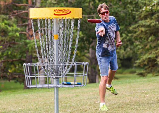 Edmonton Disc Golfers Want Council To Build More Courses Edmonton Sun