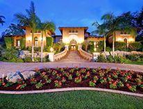 Alouettes quarterbacks coach Jeff Garcia is selling his southern California estate for US$7.75 million. (Estately.com)
