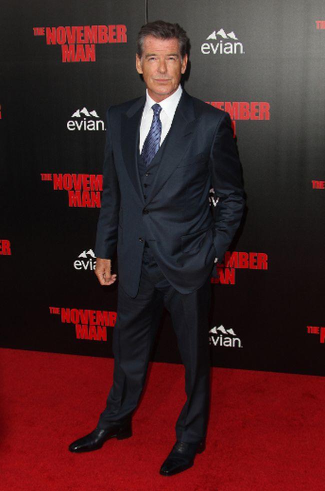 "Pierce Brosnan (<A HREF=""http://www.wenn.com"" TARGET=""newwindow"">WENN.COM</a>)"