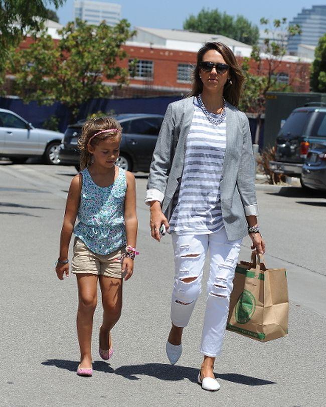 "Jessica Alba and daughter Honor Warren. (<A HREF=""http://www.wenn.com"" TARGET=""newwindow"">WENN.COM</a>)"