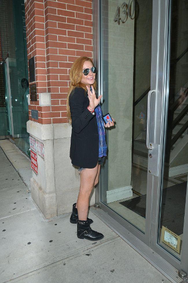 "Lindsay Lohan. (TNYF/<a href=""http://www.wenn.com"" target=""new window"">WENN.com</a>)"