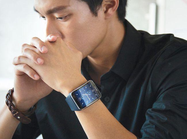 Samsung Gear S smartwatch. (Samsung/HO)