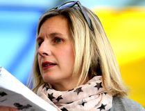 Lisa Vezeau-Allen is author of The Purple Notebook.