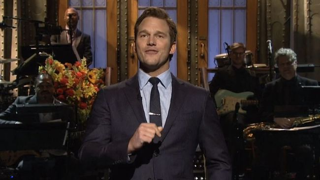 Chris Pratt hosts the season premiere of Saturday Night Live.