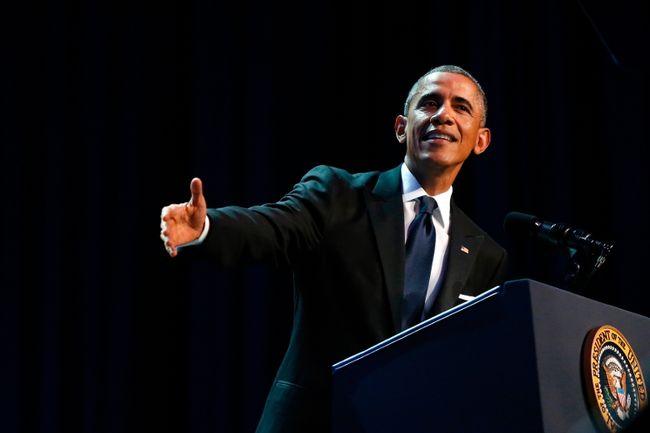 U.S. President Barack Obama delivers remarks at the Congressional Black Caucus Foundation dinner in Washington on September 27, 2014. (REUTERS/Jonathan Ernst)