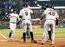 Bumgarner, Giants shut down Pirates in NL wild card game