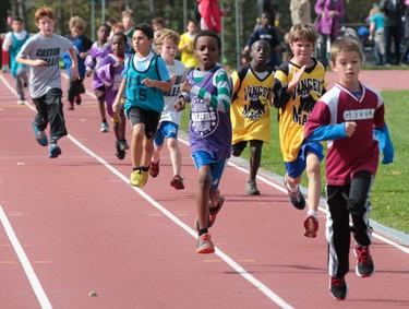 The OCDSB Region 4 Junior Cross Country meet took place at Terry Fox Field in Ottawa Wednesday Oct 8,  2014. Boys (9yrs) 1.8 km race Wednesday.  Tony Caldwell/Ottawa Sun/QMI Agency