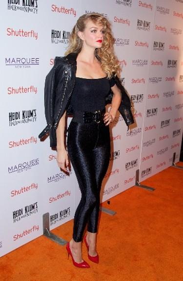 Lindsay Ellingson channels Olivia Newton-John in Grease. (Alberto Reyes/WENN.com)