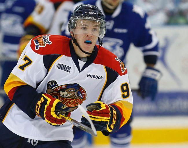 Connor McDavid in action for the Erie Otters vs the Mississauga Steelheads in Oakville on Sunday September 14, 2014. Craig Robertson/Toronto Sun/QMI Agency